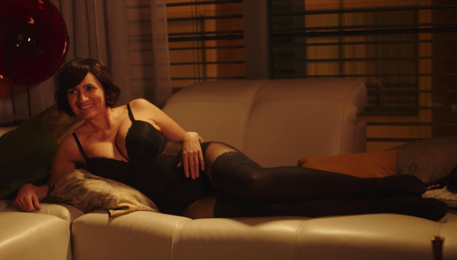 """Silvia Abril muy sexy en """"Bajo el mismo techo"""""""